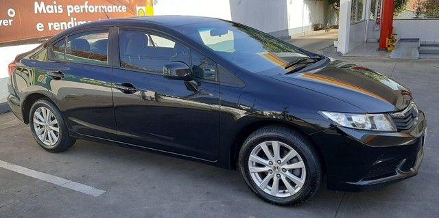 Honda Civic LXS 1.8 Flex Aut. 2014 - Foto 2