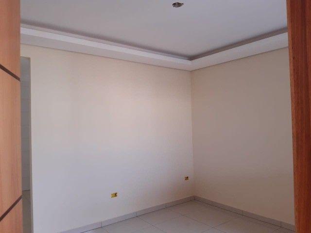 Linda Casa Nova Campo Grande com 3 Quartos No Asfalto**Venda** - Foto 9