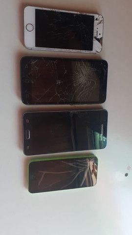 Vendo 4 aparelhos  3 funcionando  mais info WhatsApp *