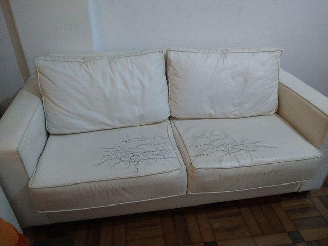 sofá 3 lugares de couro - Foto 2