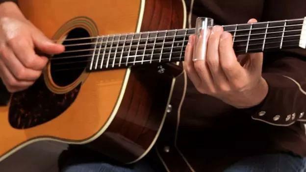 Manutenção de instrumento musical