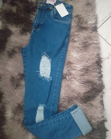 T-shitds calças shorts cropeds - Foto 2