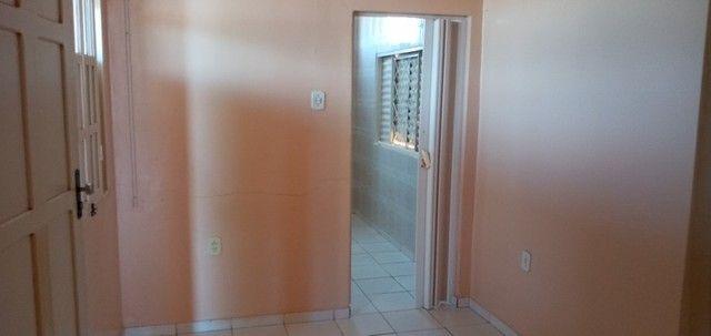Vende-se casa no Renascer contendo um apartamento nos fundos - Foto 17