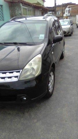 Excelente Nissan Livina - Foto 12