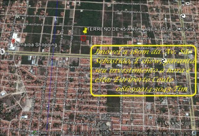 Espetacular Terreno com 2.115m2, (45 x 47m), de esquina Reis Veloso, Parnaíba, PI