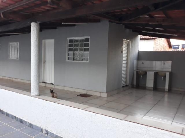 Excelente chácara dentro da cidade com asfalto na porta - Foto 12