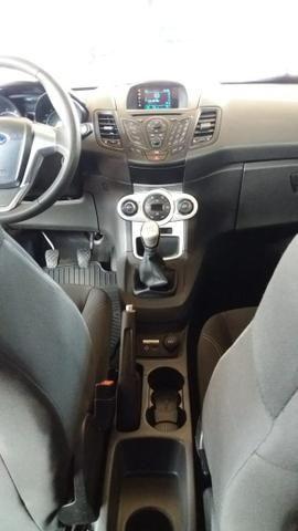 New Fiesta Hatch Impecável 2015 - Foto 7