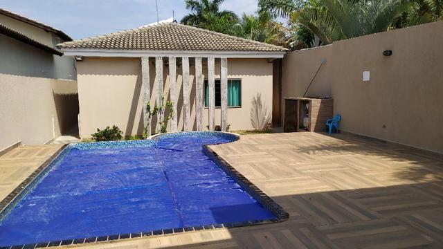 Linda casa, cond fechado, Vicente Pires, Rua 8, churrasq, piscina aquecida, 4qts, 4ban - Foto 14
