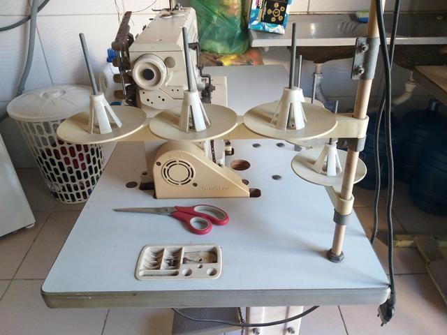 Vendo duas máquinas de costura - Foto 4