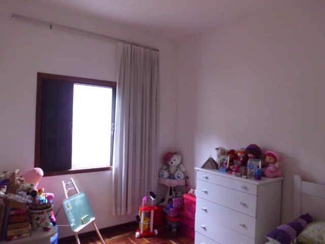 C485 -Casa com três dormitórios em excelente bairro - Foto 4