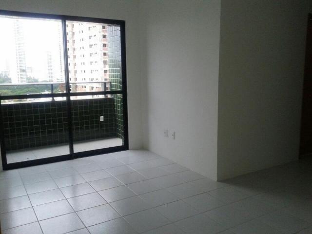 Apartamento para Venda em Recife, Torre, 3 dormitórios, 1 suíte, 2 banheiros, 2 vagas - Foto 2