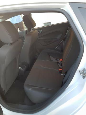 Vendo Ford Fiesta 1.6 AT 2015 - Foto 7