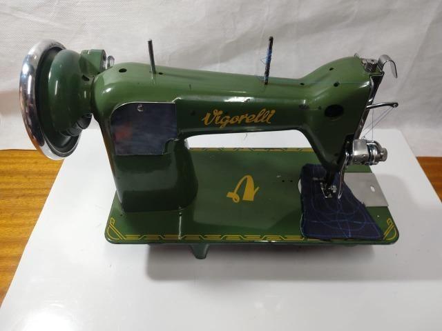Maquina De Costura Reta Vigorelli Doméstica Verdinha - Foto 3