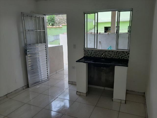 Aluga casa, quarto , sala , cozinha, banheiro e área de serviço - Foto 5