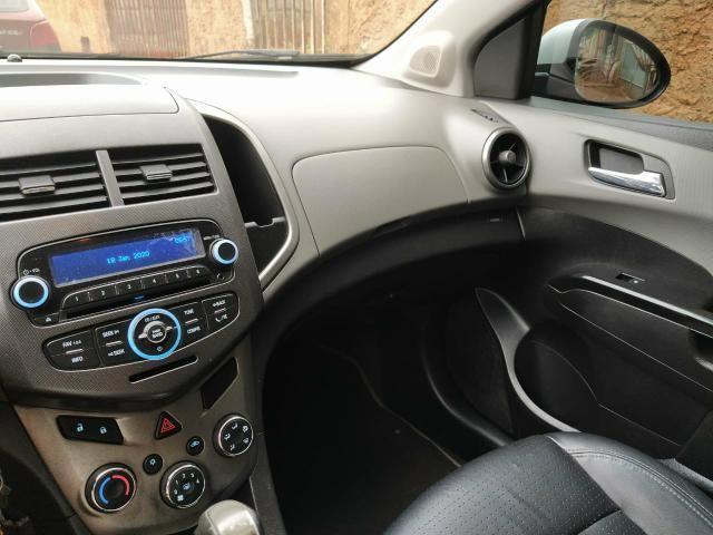 Vendo Sonic Sedan 1.6 - Foto 5