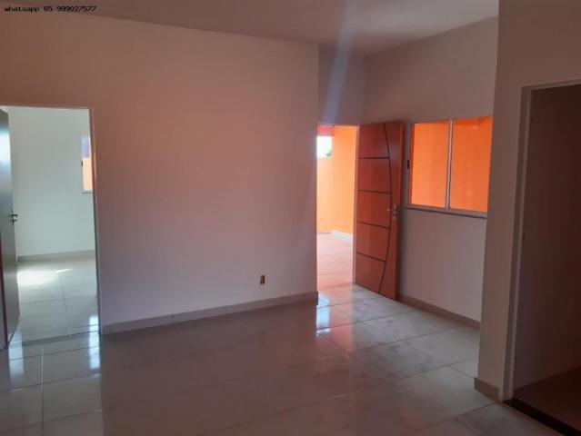 Casa para Venda em Várzea Grande, Novo Mundo, 2 dormitórios, 1 suíte, 2 banheiros, 2 vagas - Foto 2