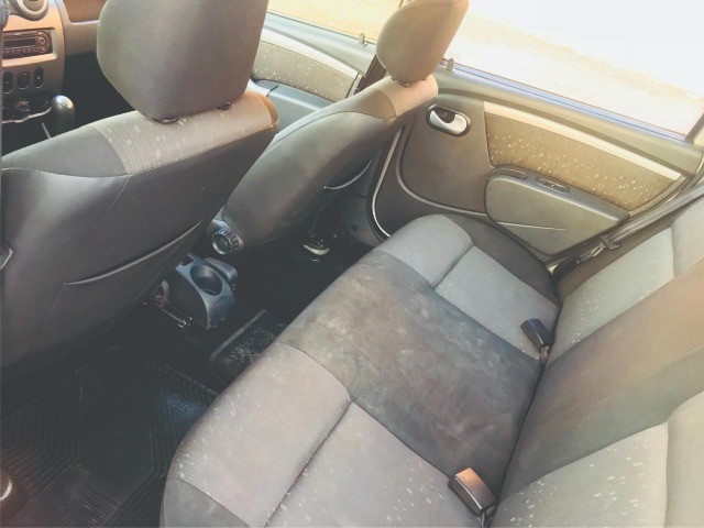 Renault Logan 1.6 8v Expression completo 2012 gnv - Foto 7