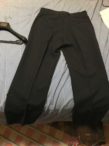 Terno risca de giz TNG top blazer 50 calça 52 - Foto 5