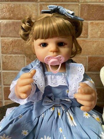 Linda bebê Reborn toda em Silicone realista Nova Original olhos azuis (Aceito Cartão) - Foto 6