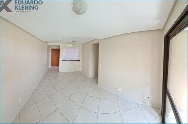 Apartamento com 2 dormitórios, 2 vagas, sacada com churrasqueira, Esteio-RS - Foto 4