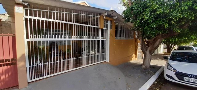 Casa com 03 kitntes próximo ao Comper São Francisco - Foto 2