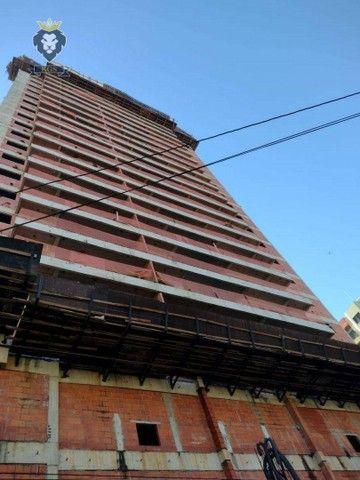 Excelente Apartamento de Alto Padrão 3 Dormitórios 3 Suítes menos de 100 metros da Praia - Foto 8