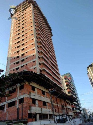 Excelente Apartamento de Alto Padrão 3 Dormitórios 3 Suítes menos de 100 metros da Praia - Foto 7