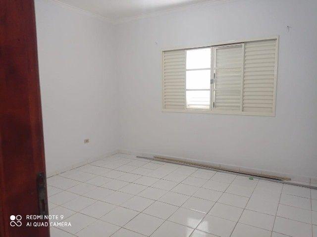 Linda Casa Tijuca com Varanda com 360 m² com Edícula**Venda** - Foto 2