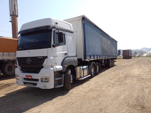 Mercedes axor 2540 ano 2007 completo com sider ano 98  top...