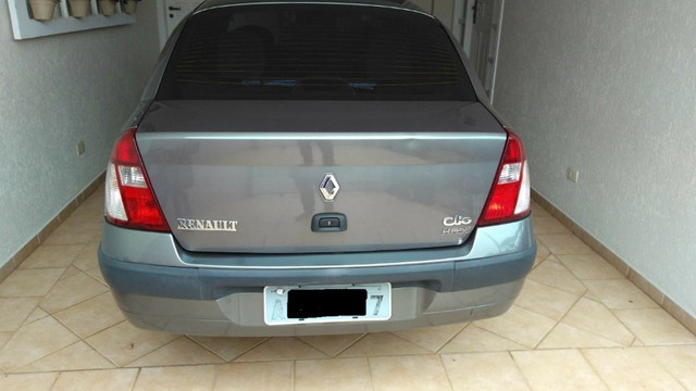 Clio Sedan 1.6 Completo - Foto 2