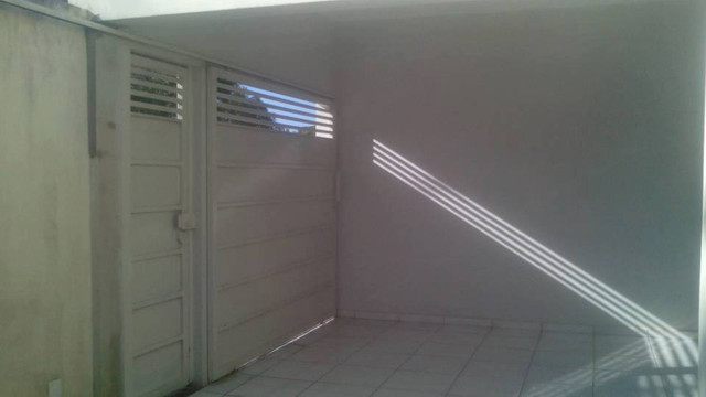 Casa Resendicial Mario Covas c/2 quartos 1 vaga de garagem - Foto 2