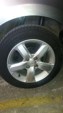 Jogo rodas Honda aro 15 com pneus