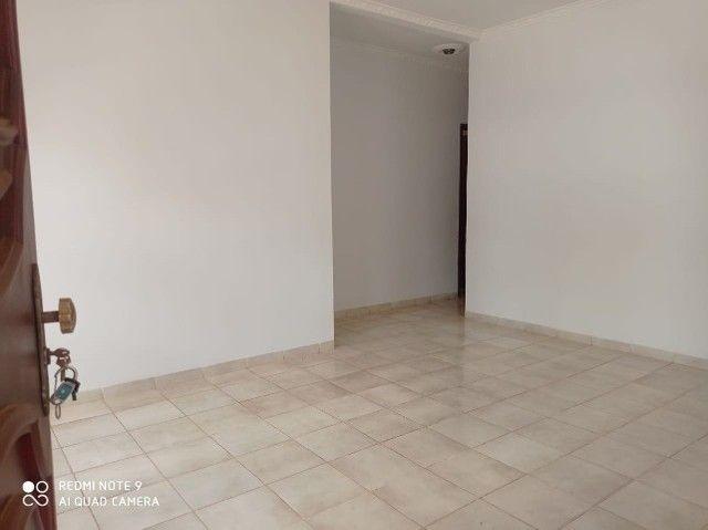 Linda Casa Tijuca com Varanda com 360 m² com Edícula**Venda** - Foto 3