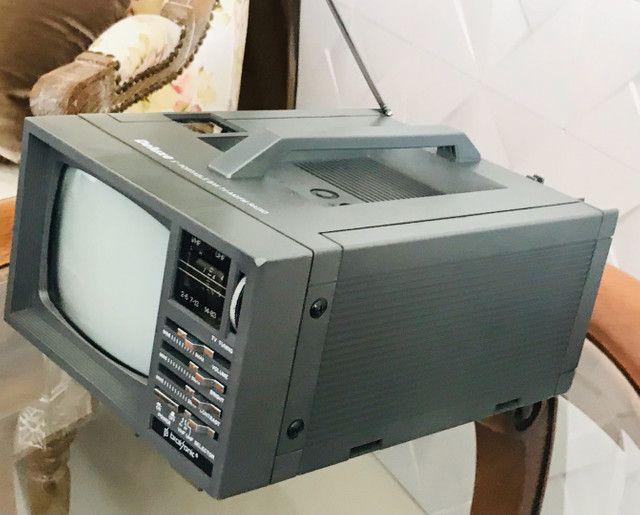 Mini Tv/ Rádio P& B 5 Polegadas - Foto 3