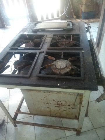 Fogão endustrial com forno - Foto 2