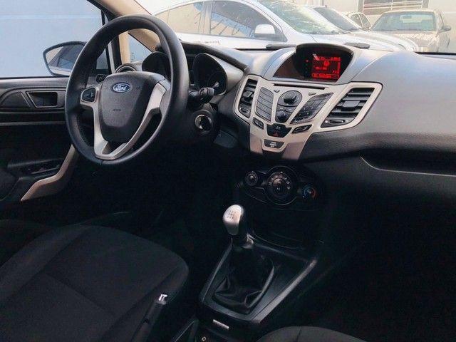 Ford New Fiesta 1.6 SE 4P - Foto 11