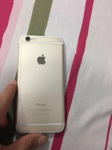 IPhone 16 gigas gold, tela trincada