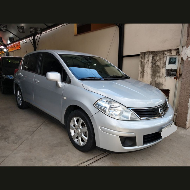 Nissan Tiida