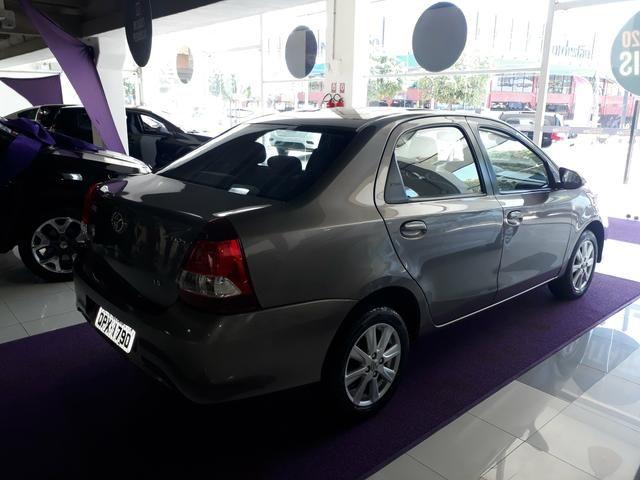 Etios sedan x plus 1.5 2019 apenas 25 mil km ipva 2020 pago - Foto 2