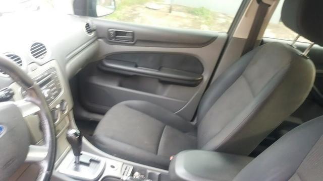 Ford Focus Sedan Titânio 2.0 Flex 2010 - Automático! - Foto 3