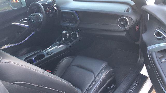 Camaro 2019 SS v8 com 3.800 km placa a na garantia de fábrica novíssimo  - Foto 8