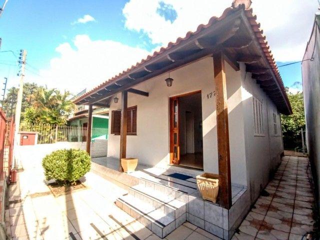 Casa de 3 dormitórios com pátio enorme na Vila Santo Angelo em Cachoeirinha/RS - Foto 3