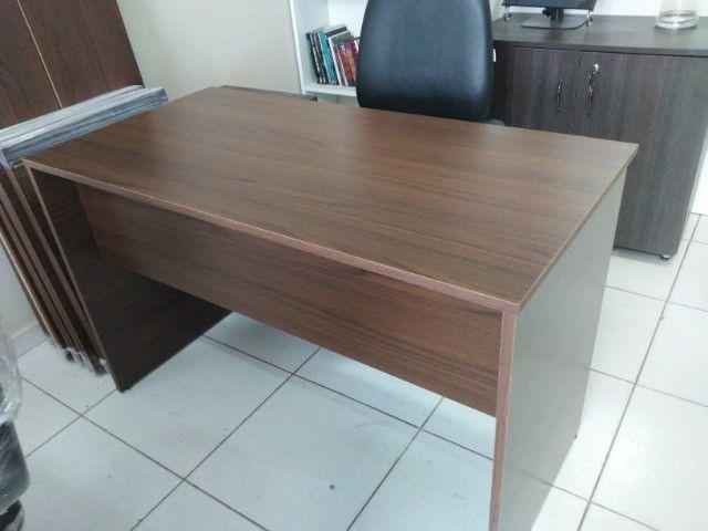 Mesa para escritório em MDF 18 mm cor frassino