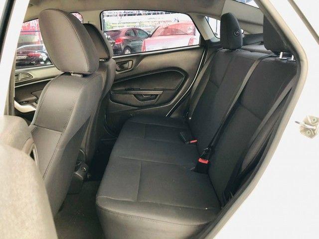 Ford New Fiesta 1.6 SE 4P - Foto 9
