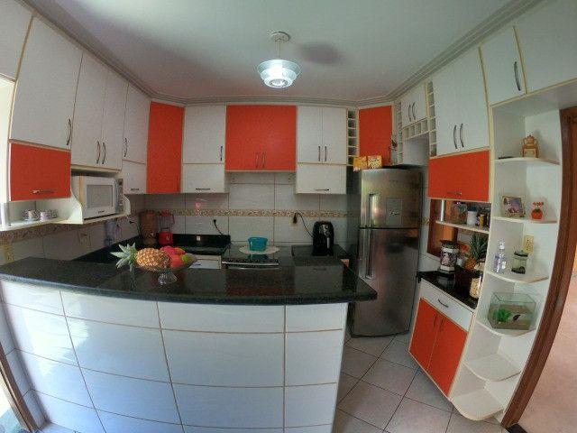 Linda casa 4 Qtos c/suite - Mata da Serra Melhor localização do Bairro - Foto 8