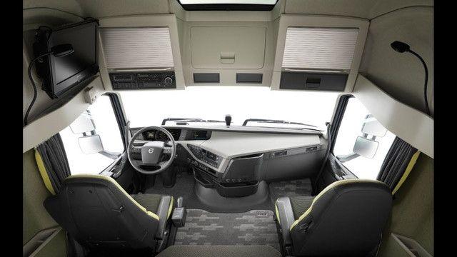Volvo FH 540 6x4 Blobetrotter Aut Completo 2021 - Foto 2