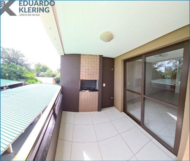 Apartamento com 2 dormitórios, 2 vagas, sacada com churrasqueira, Esteio-RS - Foto 2