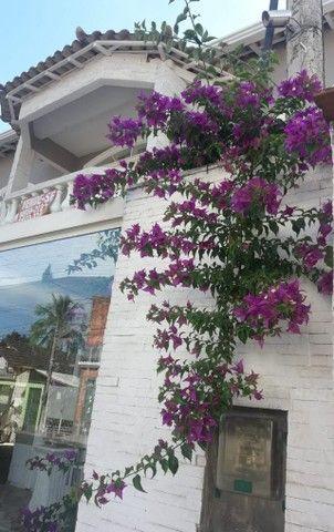Vendo Casa com ótimo padrão de acabamento - Foto 2