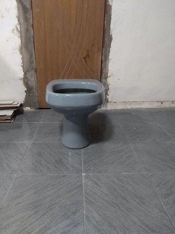 Vendo Vaso Sanitária e Pia - Foto 2