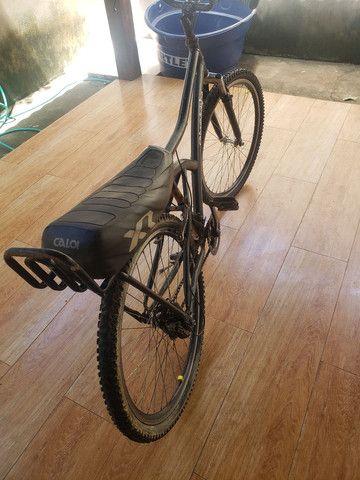 Bicicleta aro 26 caloi 21 marchas  - Foto 2